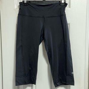Lulu Lemon Womens Black Bike Shorts Size 6.